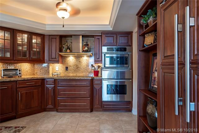 2900 NE 14th St Cswy #910, Pompano Beach, FL 33062 (MLS #A10408710) :: Green Realty Properties