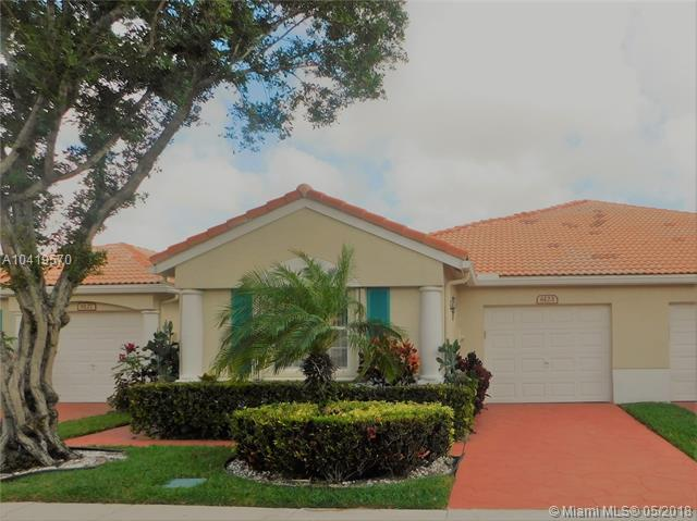 6123 Floral Lakes Dr, Delray Beach, FL 33484 (MLS #A10419570) :: Green Realty Properties
