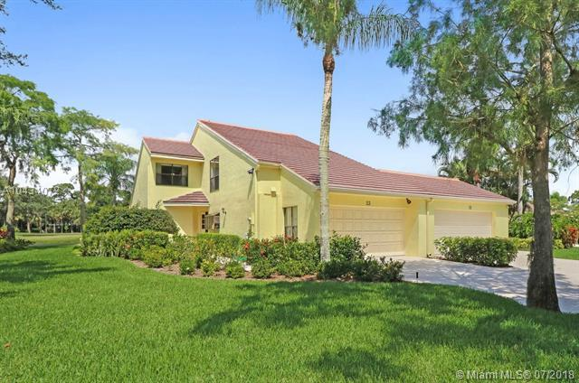 23 Edinburgh Drive, Palm Beach Gardens, FL 33418 (MLS #A10434072) :: The Riley Smith Group