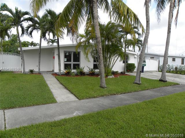 4950 SW 111th Ave, Miami, FL 33165 (MLS #A10438759) :: The Teri Arbogast Team at Keller Williams Partners SW