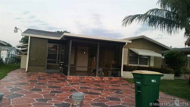 5708 NW 48th Ter, Tamarac, FL 33319 (MLS #A10444704) :: Green Realty Properties