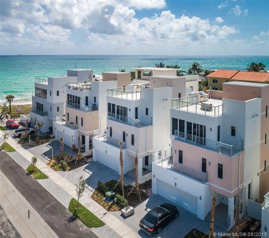 306 Elm Street, Hollywood, FL 33019 (MLS #A10444899) :: Grove Properties