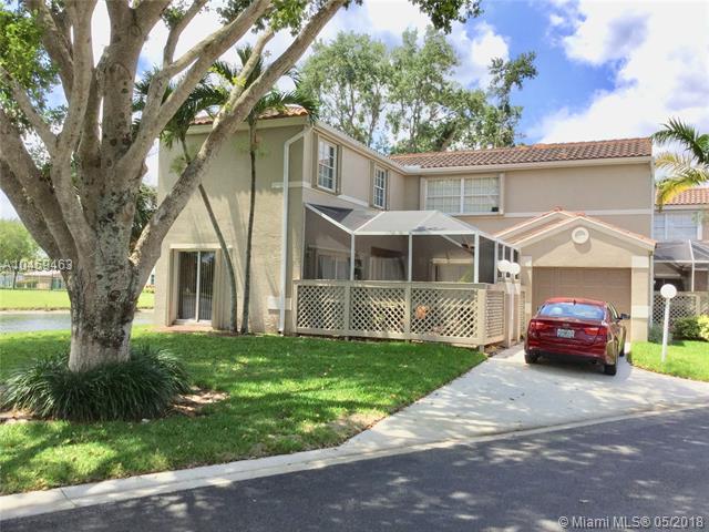 10922 Chandler Dr, Cooper City, FL 33026 (MLS #A10459463) :: Green Realty Properties