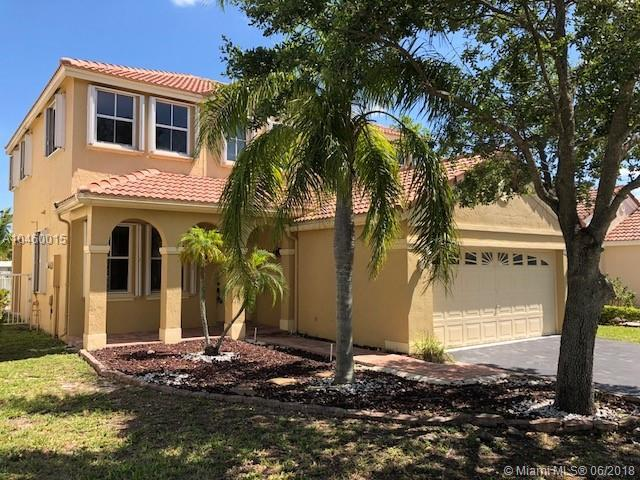 881 Sand Creek Cir, Weston, FL 33327 (MLS #A10460015) :: Green Realty Properties