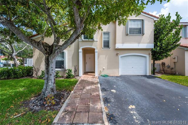 6011 NW 44th Ln, Coconut Creek, FL 33073 (MLS #A10475685) :: The Riley Smith Group