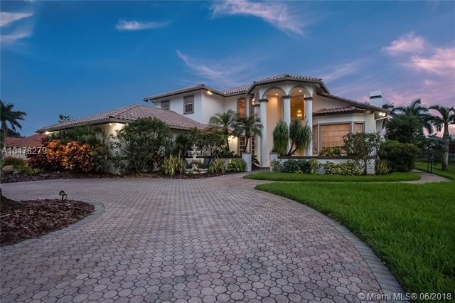 12302 NW 19th St, Plantation, FL 33323 (MLS #A10478279) :: The Teri Arbogast Team at Keller Williams Partners SW
