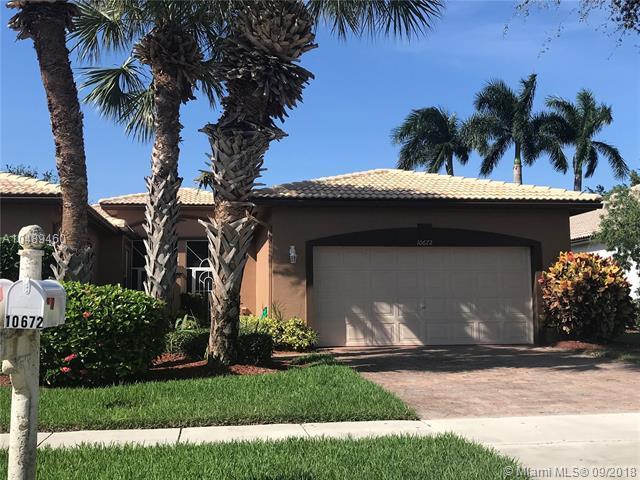 10672 Royal Caribbean Cir #10672, Boynton Beach, FL 33437 (MLS #A10489460) :: Hergenrother Realty Group Miami