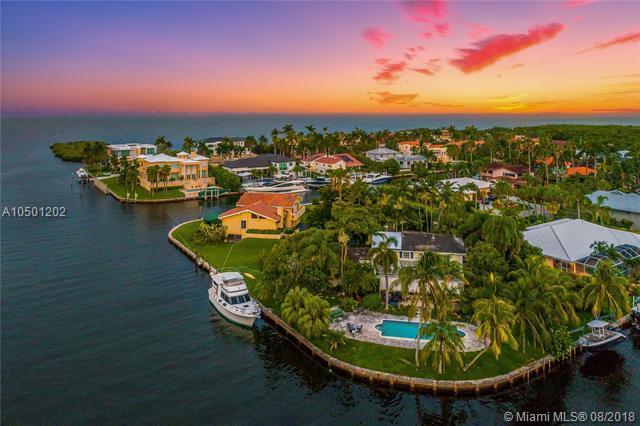 13002 San Jose St, Coral Gables, FL 33156 (MLS #A10501202) :: Green Realty Properties