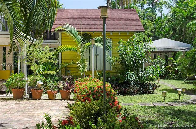 3540 Palmetto Ave, Coconut Grove, FL 33133 (MLS #A10505471) :: The Riley Smith Group