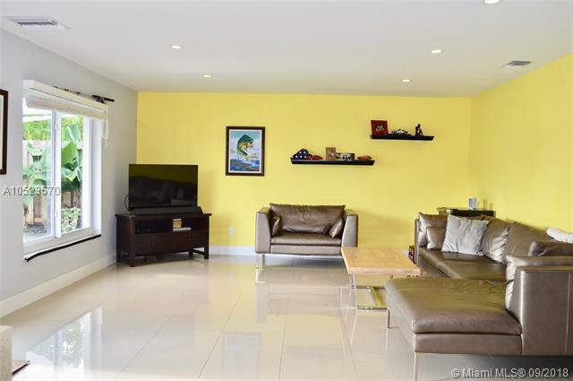 4641 SW 42nd Ave, Dania Beach, FL 33314 (MLS #A10523570) :: Prestige Realty Group