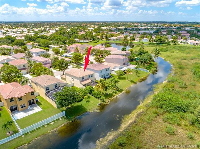1481 NW 153rd Ave, Pembroke Pines, FL 33028 (MLS #A10538045) :: Hergenrother Realty Group Miami