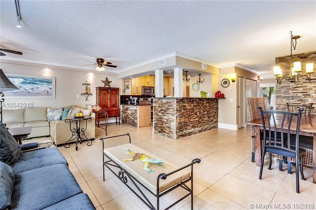 7907 SW 105 Pl, Miami, FL 33173 (MLS #A10542010) :: Green Realty Properties