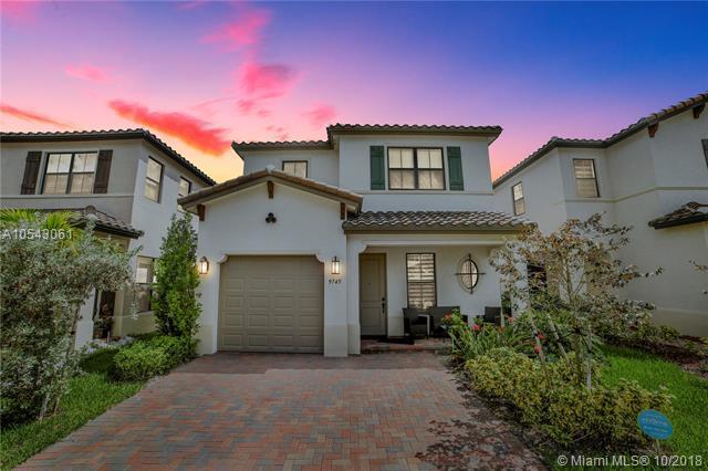 9745 W 34th Ct, Hialeah, FL 33018 (MLS #A10543061) :: Green Realty Properties