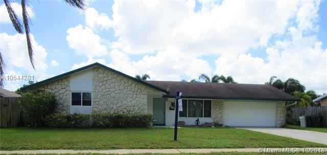 4440 NW 3rd St, Coconut Creek, FL 33066 (MLS #A10544281) :: The Riley Smith Group