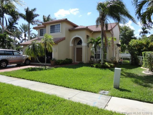 18310 NW 10th St, Pembroke Pines, FL 33029 (MLS #A10547240) :: The Teri Arbogast Team at Keller Williams Partners SW
