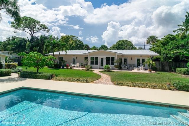 103 SE Flamingo Ave, Stuart, FL 34996 (MLS #A10552938) :: The Paiz Group