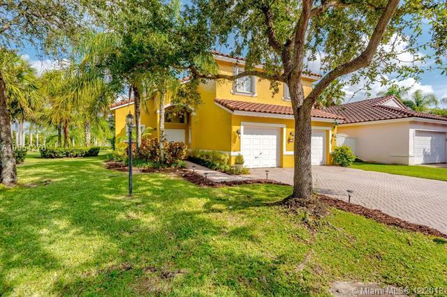 14451 SW 136th Pl, Miami, FL 33186 (MLS #A10554270) :: Green Realty Properties
