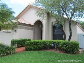 113 Executive Cir, Boynton Beach, FL 33436 (MLS #A10556222) :: Green Realty Properties