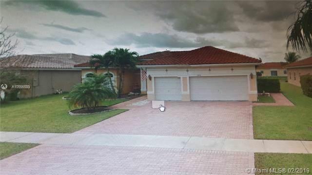16454 NW 14th St, Pembroke Pines, FL 33028 (MLS #A10556589) :: Grove Properties