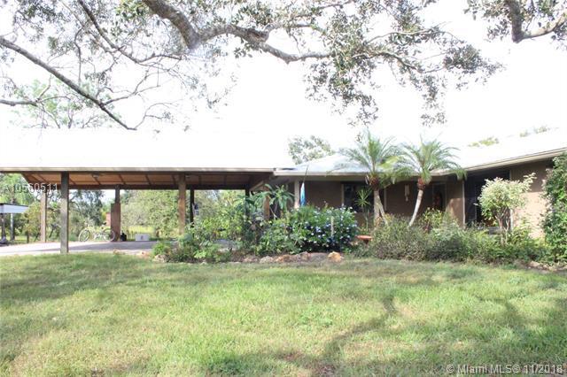 3505 SW Buckskin Ave, Palm City, FL 34974 (MLS #A10560511) :: The Riley Smith Group