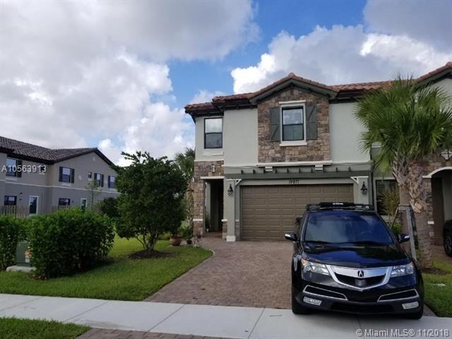 12971 Anthorne Ln #12971, Boynton Beach, FL 33436 (MLS #A10563913) :: Miami Villa Team