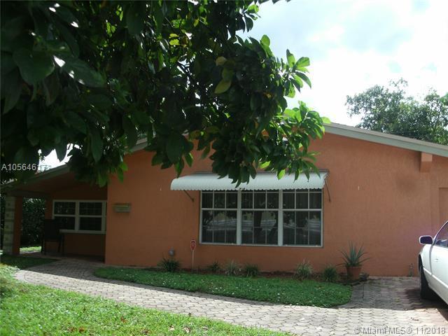 7170 Venetian St, Miramar, FL 33023 (MLS #A10564617) :: Prestige Realty Group