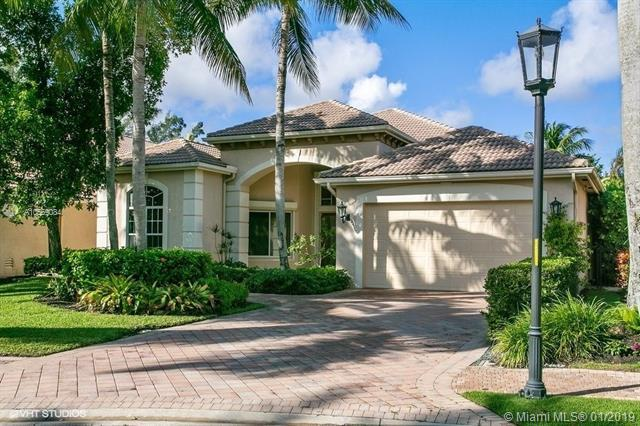 135 Vintage Isle Ln, Palm Beach Gardens, FL 33418 (MLS #A10569084) :: The Teri Arbogast Team at Keller Williams Partners SW