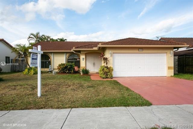 14797 SW 175th St, Miami, FL 33187 (MLS #A10570506) :: Green Realty Properties