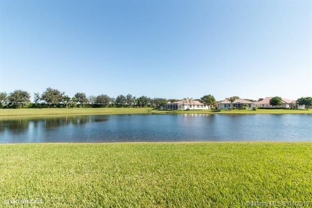 9839 Galleon Dr #9839, West Palm Beach, FL 33411 (MLS #A10571169) :: The Teri Arbogast Team at Keller Williams Partners SW