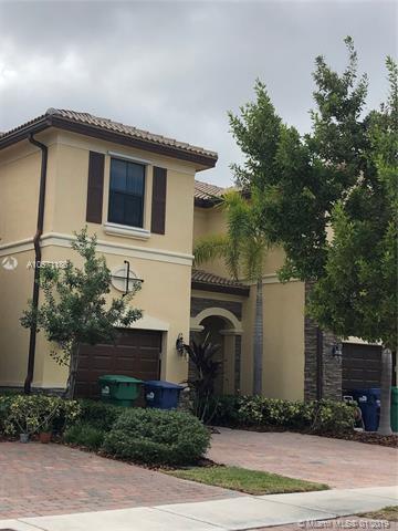 11302 NW 88th Ter, Doral, FL 33178 (MLS #A10571186) :: Grove Properties