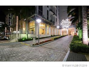 1060 Brickell Ave #3709, Miami, FL 33131 (MLS #A10573895) :: Green Realty Properties