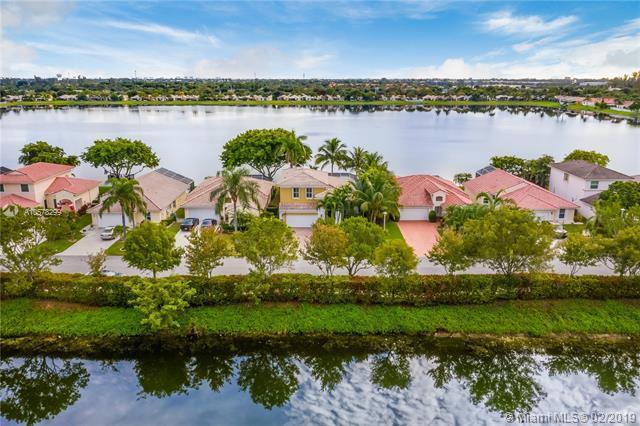 3748 Coco Lake Dr, Coconut Creek, FL 33073 (MLS #A10578299) :: GK Realty Group LLC