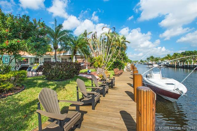 480 SE 15th Ave, Pompano Beach, FL 33060 (MLS #A10580951) :: Miami Villa Team