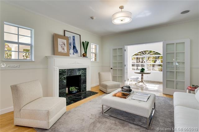 1253 Alhambra Cir, Coral Gables, FL 33134 (MLS #A10582912) :: Carole Smith Real Estate Team