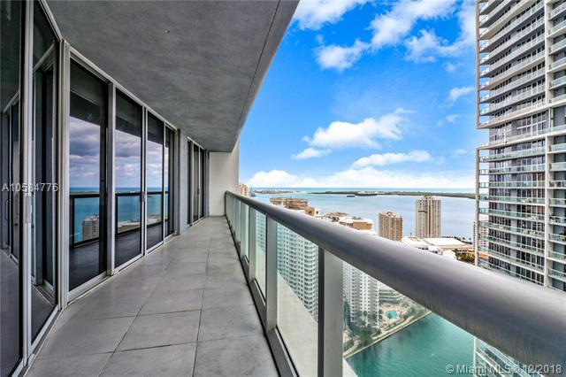 475 Brickell Ave #3709, Miami, FL 33131 (MLS #A10584776) :: The Howland Group