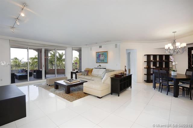 721 Crandon Blvd #408, Key Biscayne, FL 33149 (MLS #A10588249) :: Ray De Leon with One Sotheby's International Realty