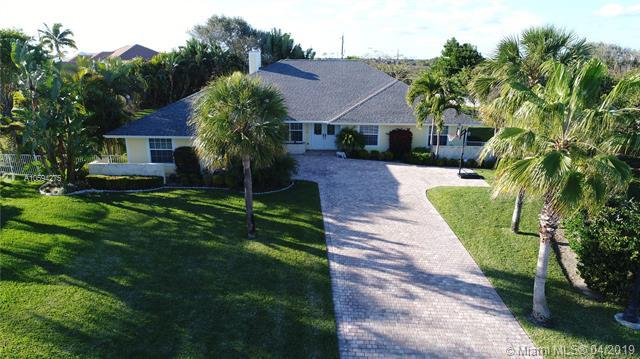 17114 S.E. Kerry Ct., Tequesta, FL 33469 (MLS #A10594275) :: The Brickell Scoop