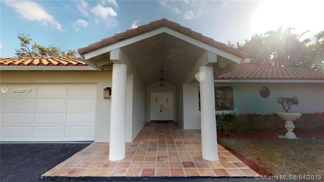 21095 N Sweetwater Ln N, Boca Raton, FL 33428 (MLS #A10597747) :: The Riley Smith Group