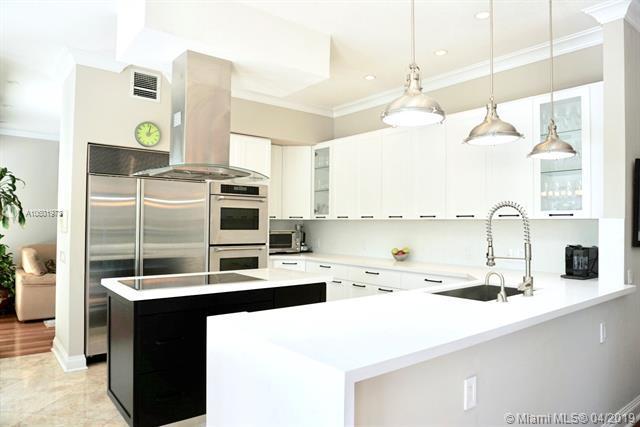 20000 NE 36th Pl, Aventura, FL 33180 (MLS #A10601973) :: Grove Properties