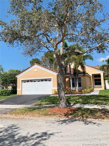 719 Stanton Dr, Weston, FL 33326 (MLS #A10603247) :: The Teri Arbogast Team at Keller Williams Partners SW