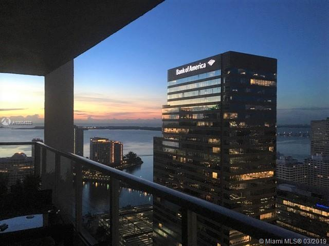 500 Brickell Ave #3604, Miami, FL 33131 (MLS #A10604333) :: The Riley Smith Group