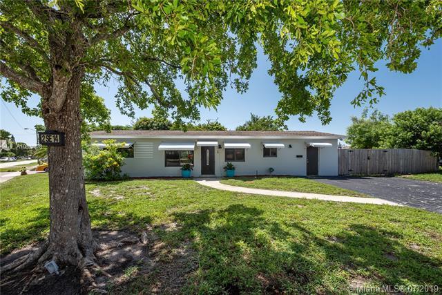 2 SE 14th St, Deerfield Beach, FL 33441 (MLS #A10604778) :: Grove Properties