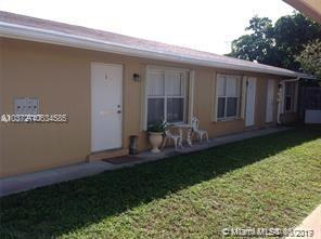 660 46th Ct - Photo 1
