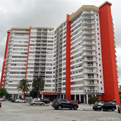 1351 NE Miami Gardens Dr 1425E, Miami, FL 33179 (MLS #A10636816) :: The Paiz Group