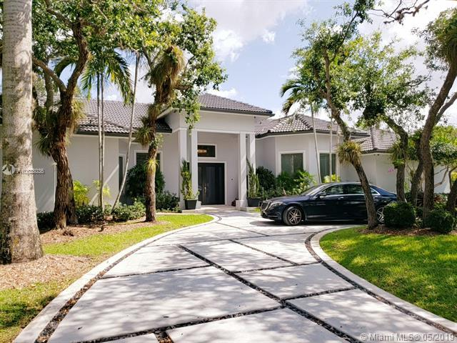 8973 SW 96th St, Miami, FL 33176 (MLS #A10638036) :: Laurie Finkelstein Reader Team