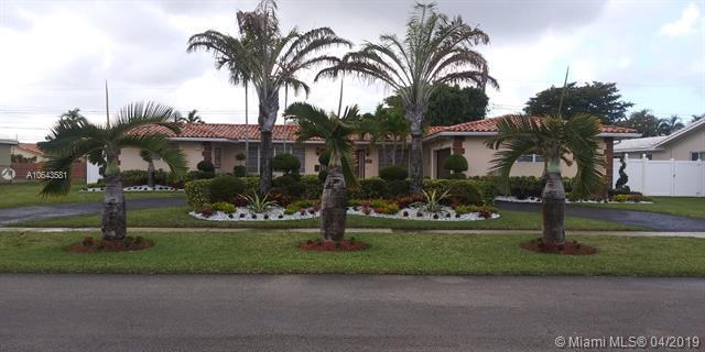 4812 Van Buren St., Hollywood, FL 33021 (MLS #A10643581) :: The Paiz Group