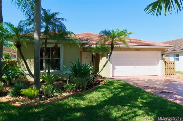 19201 NW 24th Ct, Pembroke Pines, FL 33029 (MLS #A10643610) :: The Teri Arbogast Team at Keller Williams Partners SW