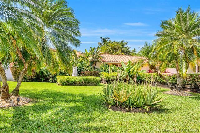 440 NW 88 St, El Portal, FL 33150 (MLS #A10651494) :: Lucido Global