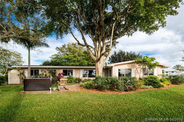 441 E Tropical Way, Plantation, FL 33317 (MLS #A10652275) :: The Paiz Group