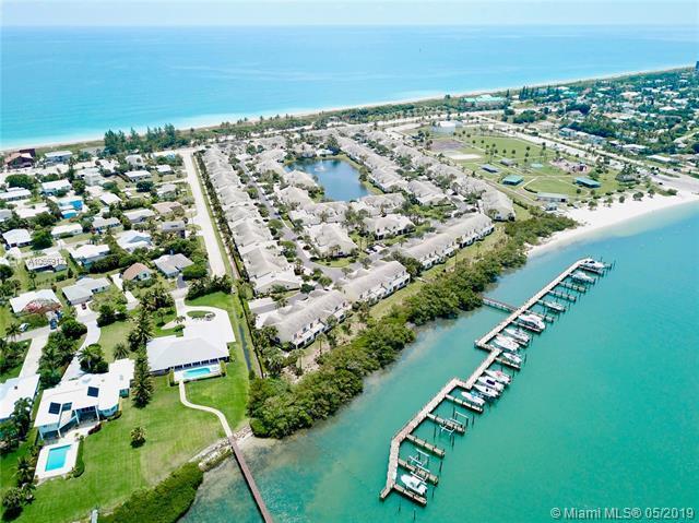 1705 Mariner Bay Blvd, Hutchinson Island, FL 34949 (MLS #A10669171) :: The Riley Smith Group